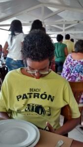 Pedro, camisa amarela
