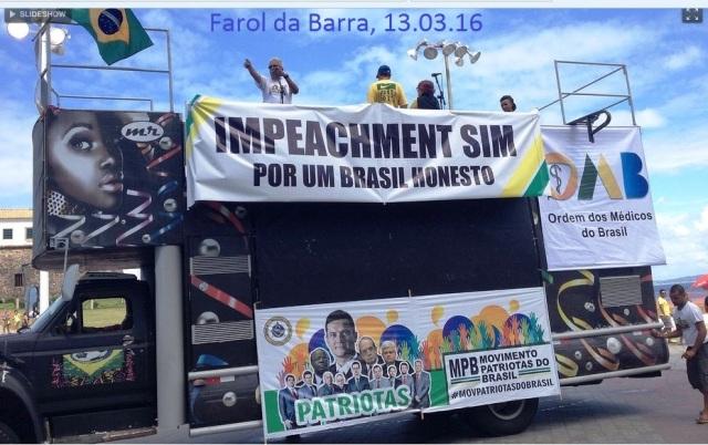 PROTESTOS, Farol da Barra, trio
