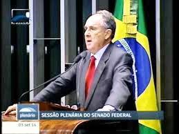 CRISTÓVÃO BUARQUE discursa