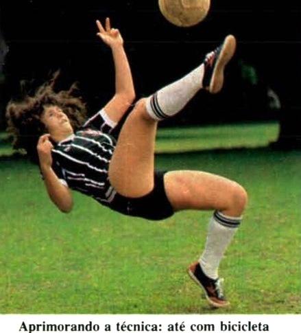 futebol-feminino-bicicleta-veja-31dez80