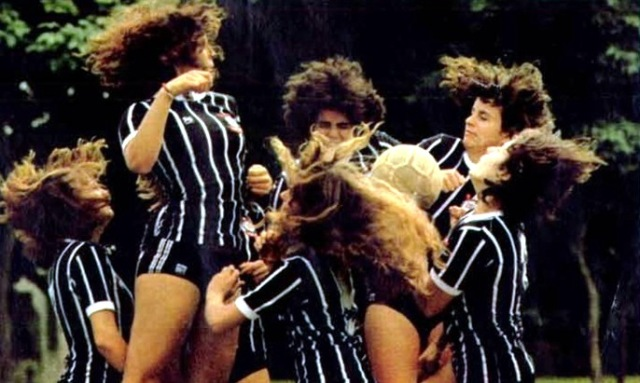 futebol-feminino-foto-1-veja-31dez80